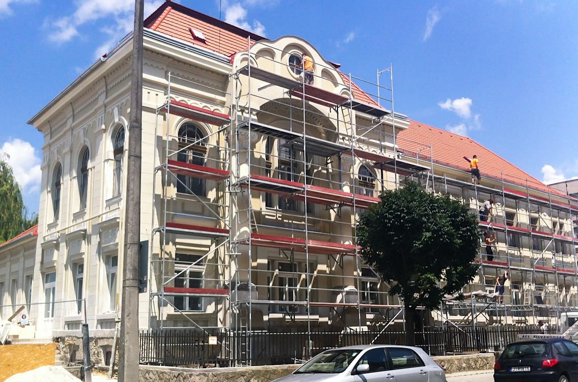 Műemlék homlokzat felújítás – Győr